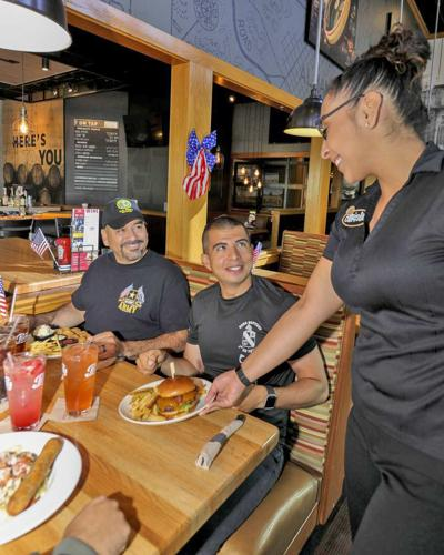 Applebees-Embarks-on-Mission-to-Serve-One-Million-Free-Meals-to-American-Military-Heroes-This-Veterans-Day-819x1024.jpg