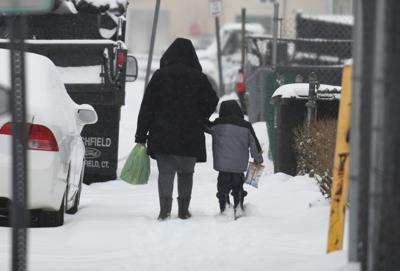 How much snow did Connecticut get?