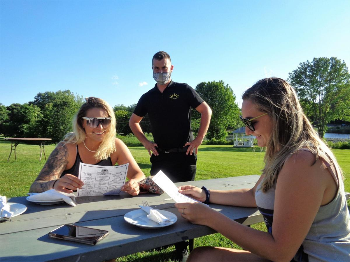 Sunset Grille at Crestbrook Park in Watertown enhances relaxed vibe, menu