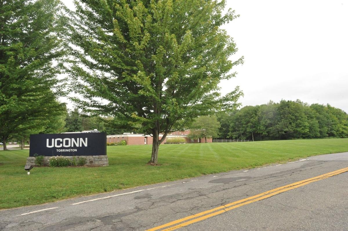 Torrington approves agreement to allow gallery's plans for former UConn campus