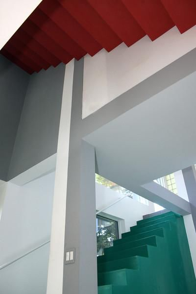 Small House with Big Pedigree: Eisenman's House VI Goes on the Market