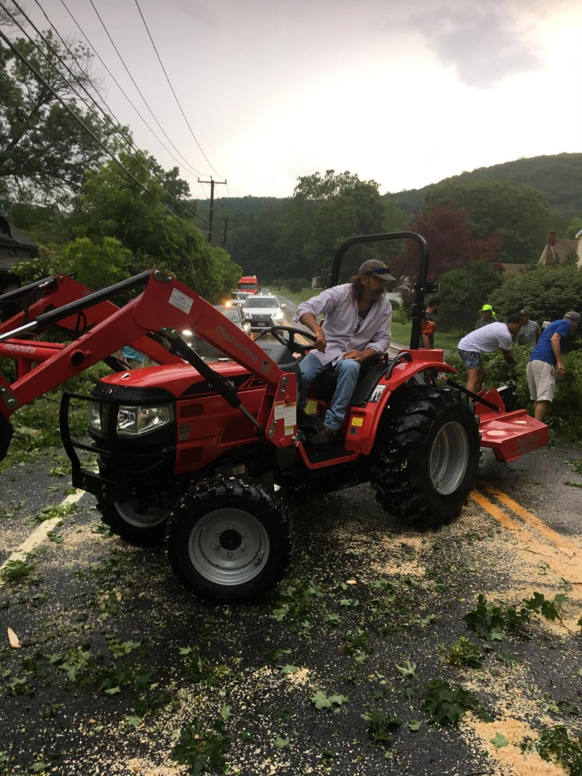 Charles Cody: Kent residents joined forces to remove a large Oak tree across Route 7