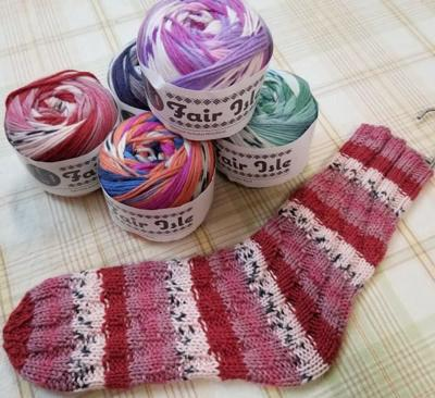 Focus on Fiber Arts: Make a pair of Fair Isle spiral tube socks