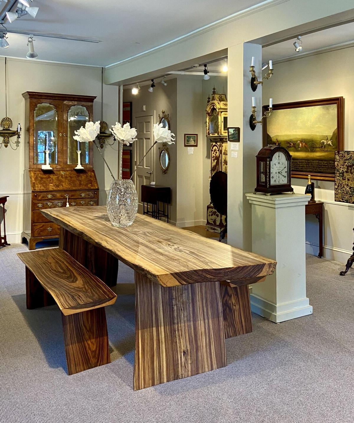 Antiques pro back in business in Woodbury