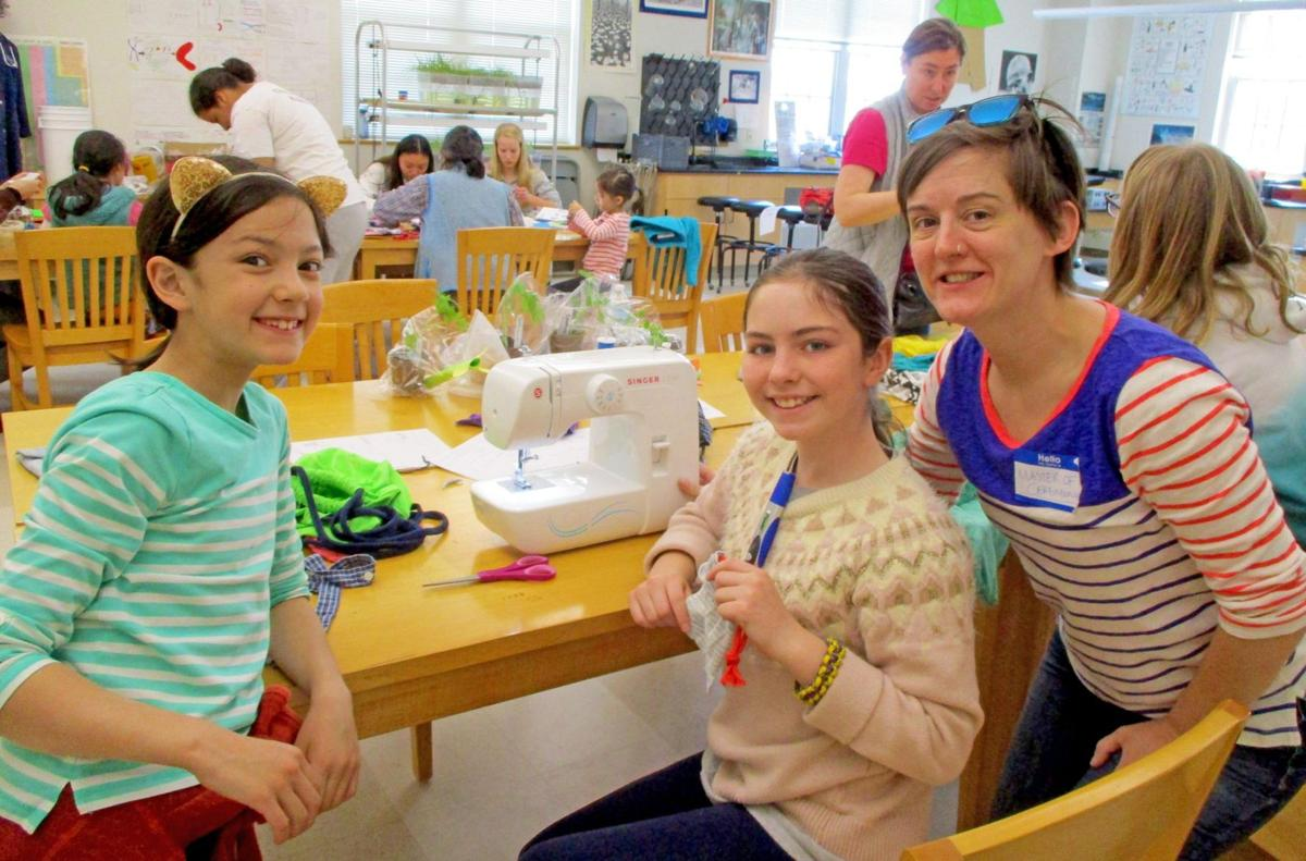 In Lakeville, Hotchkiss School hosts 'Greatest Show (and Tell)' in Tri-State area