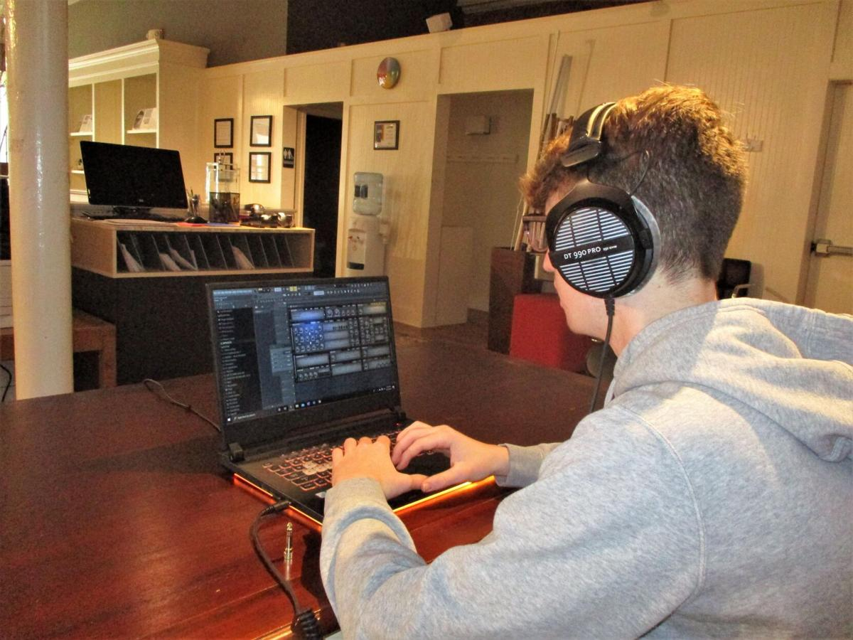 New Milford teen fast tracking a career with electronic music