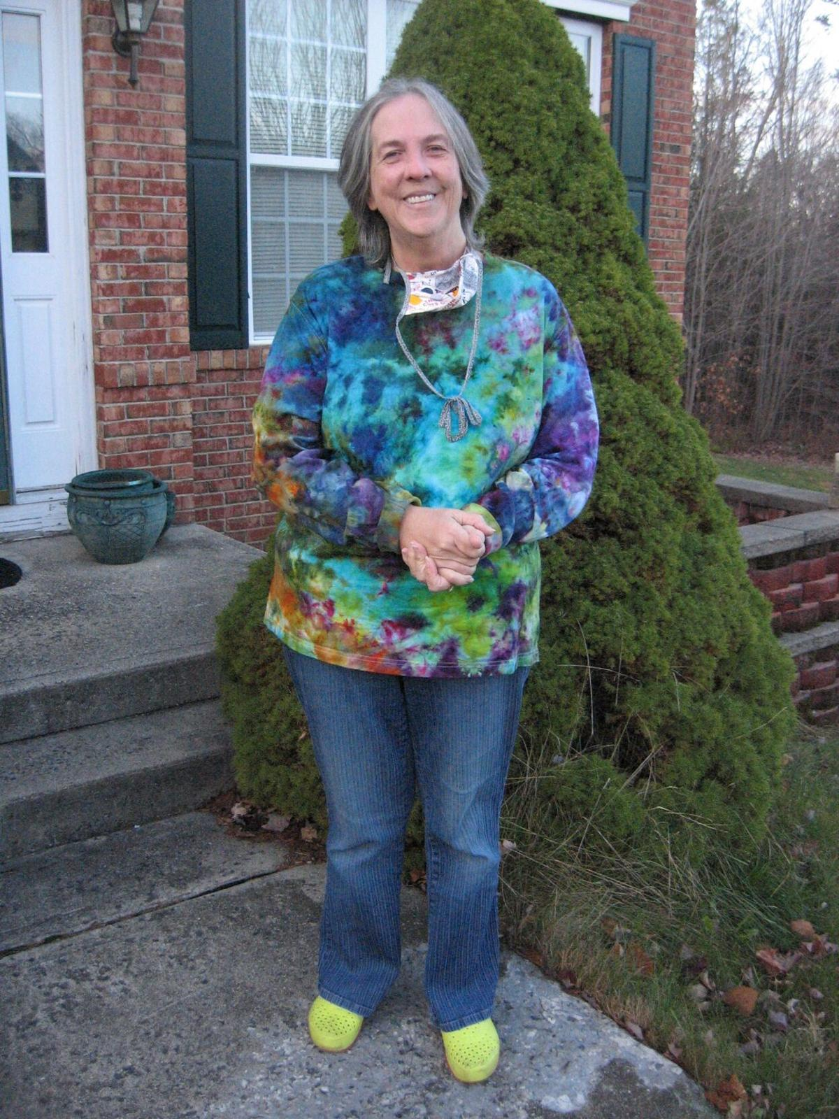 Torrington resident cooks up colorful hand-dyed designs with retro style