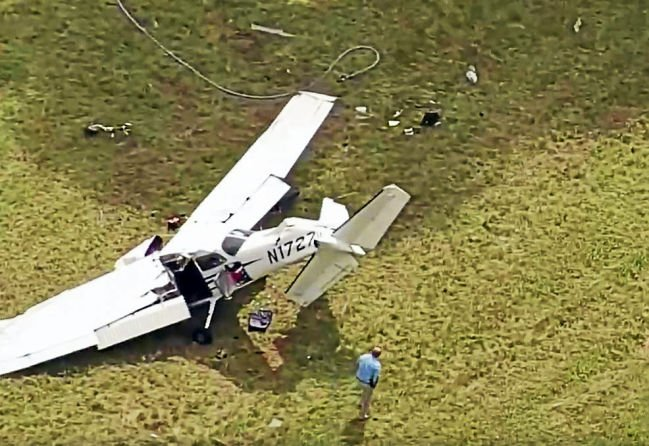 Crash at CT  airport kills instructor, injures 2