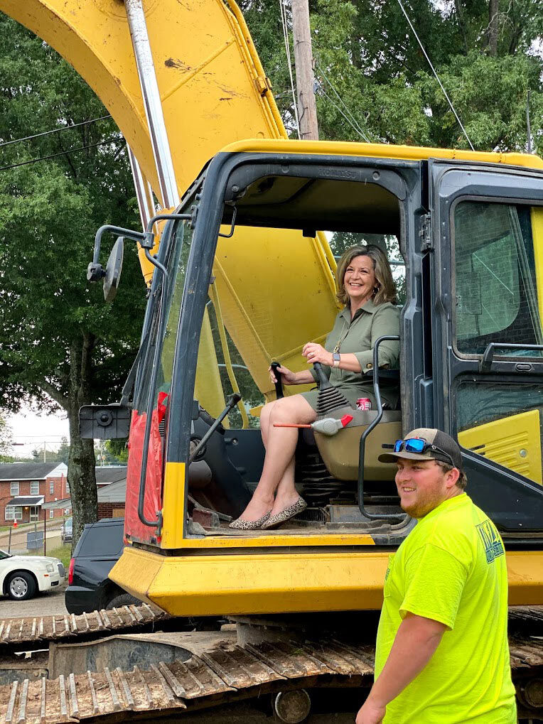 Ground Broken For Replacement Apartments At Sweetwater Ridge