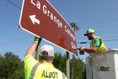 New LaGrange Signs Arrive