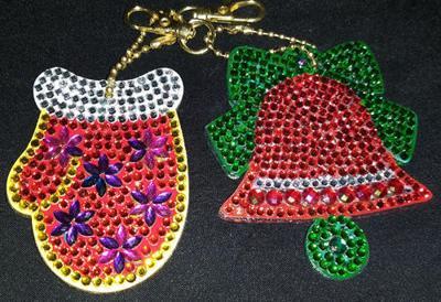 Make ornaments at Eureka Library