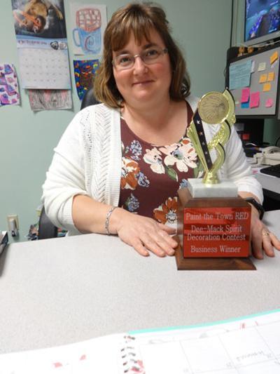 Nafziger receives award