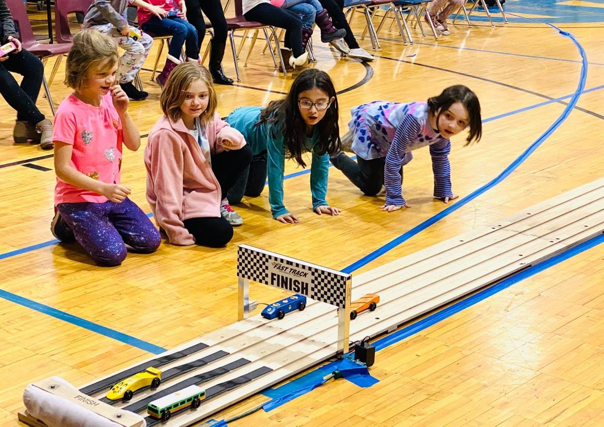 Girl Scout Pinewood Derby