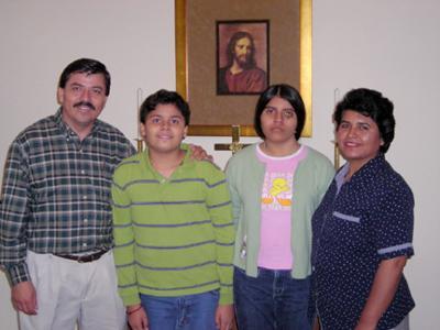 hispanis minister