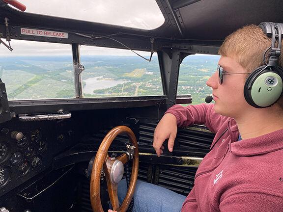 Magnusson flying1.jpg