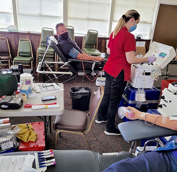 PLEASANT HILL RAMBLINGS: Uplands Village hosts Red Cross blood drive