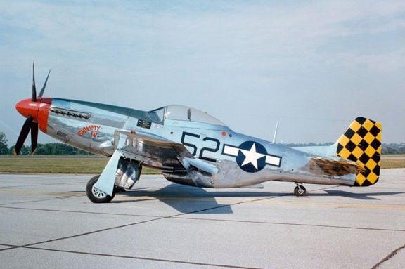 **Air Show P-51_Mustang__side_full.jpg