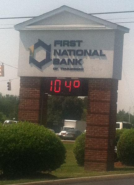 104 degrees.jpg