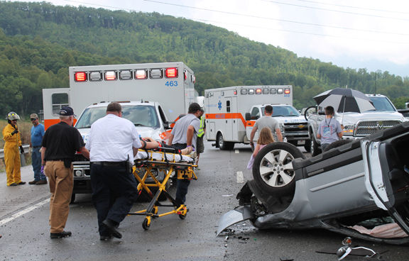 Two hurt in I-40 crash | Local News | crossville-chronicle com