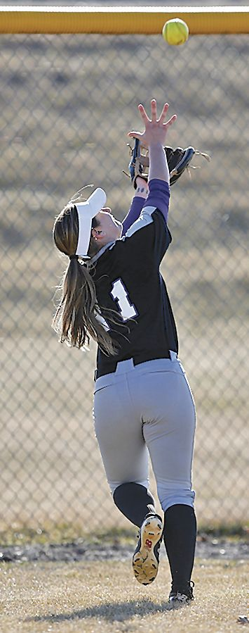 Errors, pitching woes plague Lady Builders