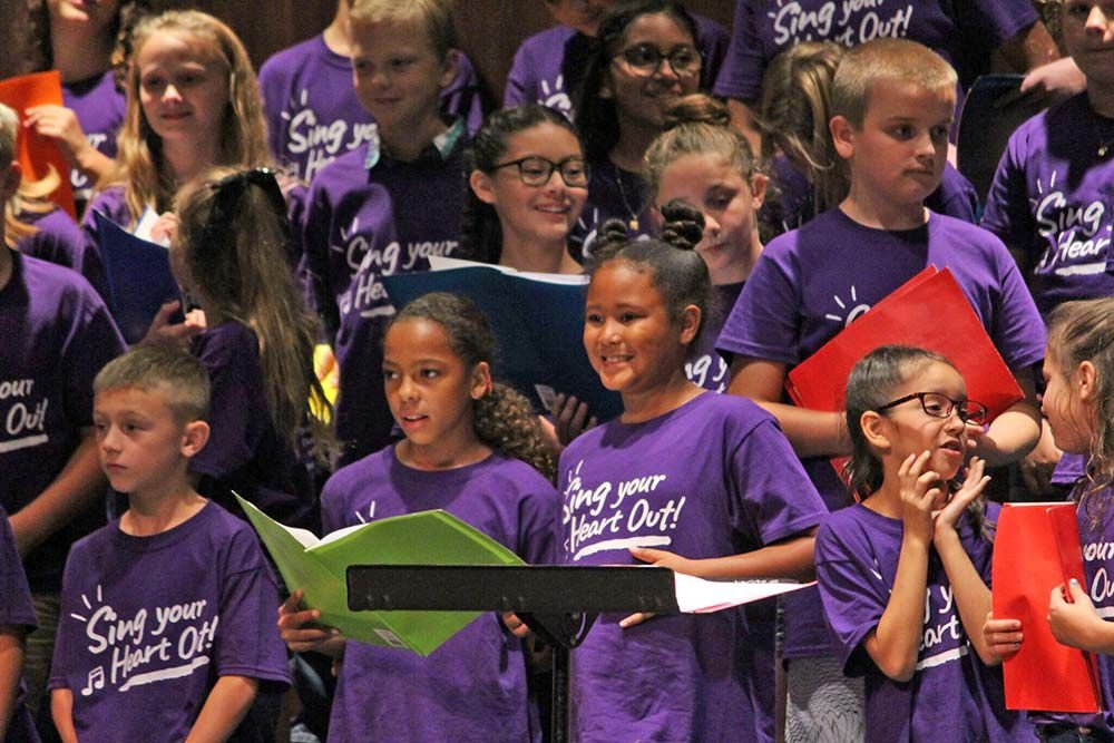 Area students attend choir day