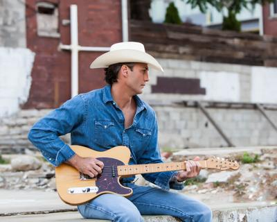 Burford Theatre presents Wade Hayes