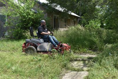 Hansen makes mowing video to help ill relative
