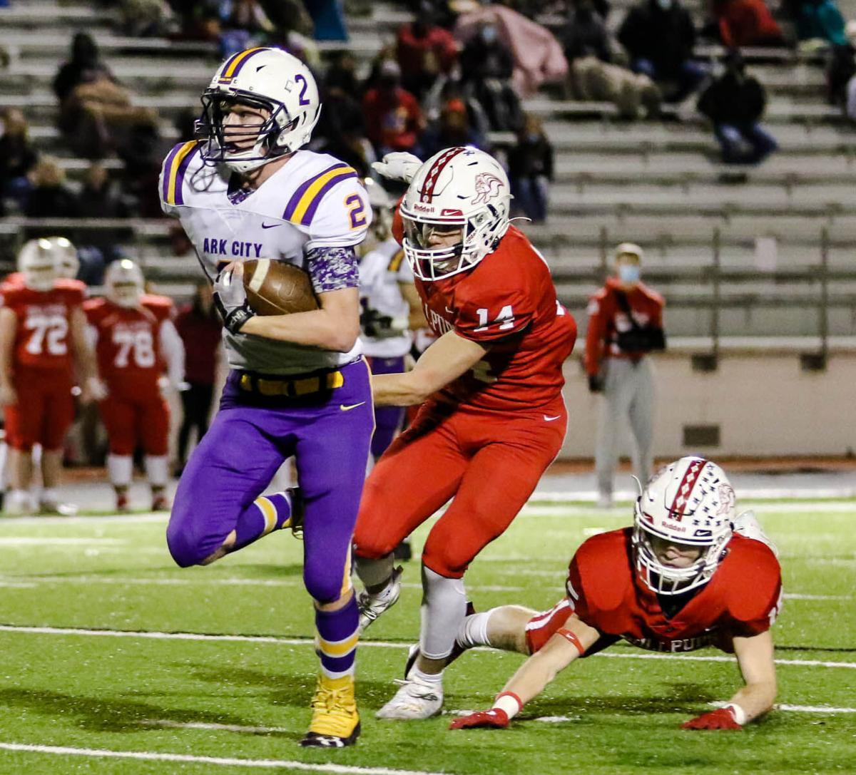 Bulldogs knock off No. 2  McPherson