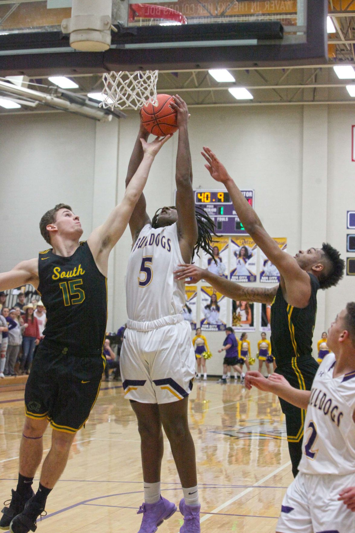 Jordan notches double-double as 'Dawgs top Valley Center in OT