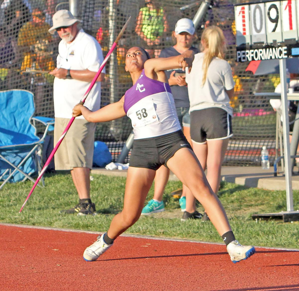 Brown captures 5A State javelin title
