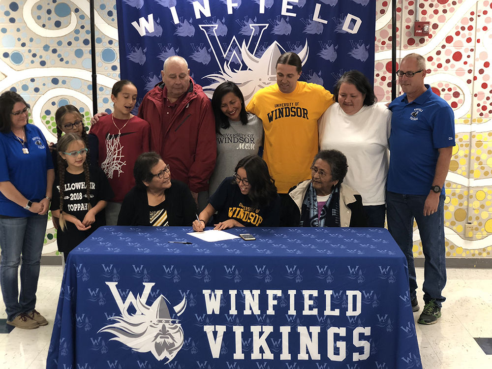 Sunray Signs with University of Windsor