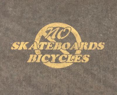 Police: bikes and skateboards forbidden on downtown sidewalks