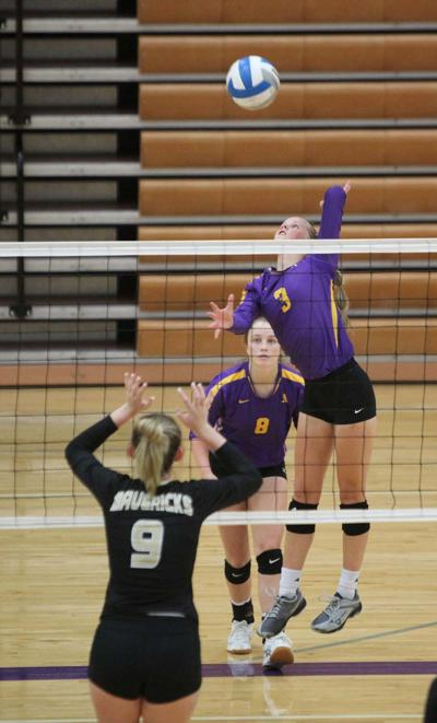 Ark City, Winfield swept in triangulars; Udall, South Haven take nonleague tris