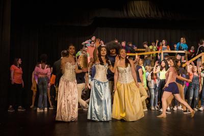 'Vikings on Broadway' performances open