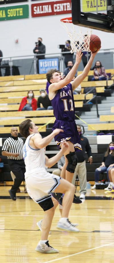 Bulldogs hold on to defeat Eisenhower