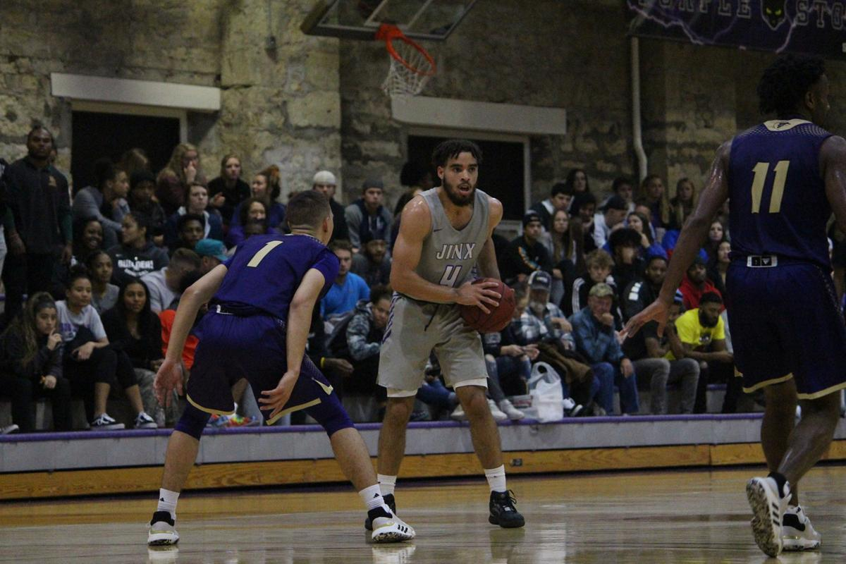 Moundbuilders drop third straight game