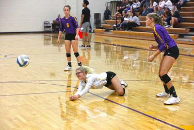 Host Lady Bulldogs defeat arch rival Winfield, but it's in consolation round