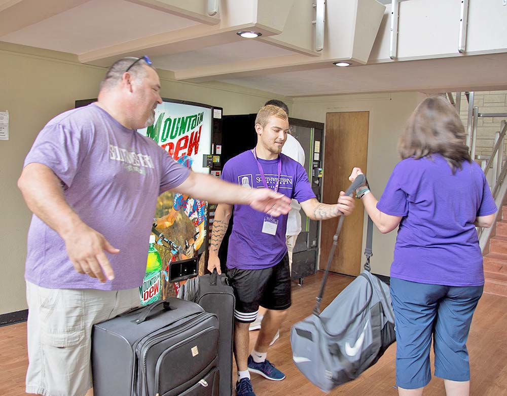 Large freshmen class moves into Southwestern College