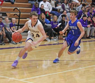 Arkansas City tops Winfield for second game this season
