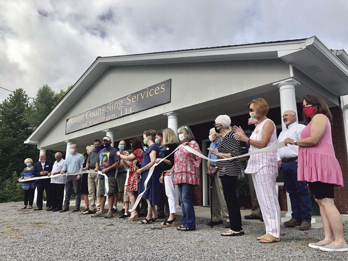 Haven Counseling ribbon cutting