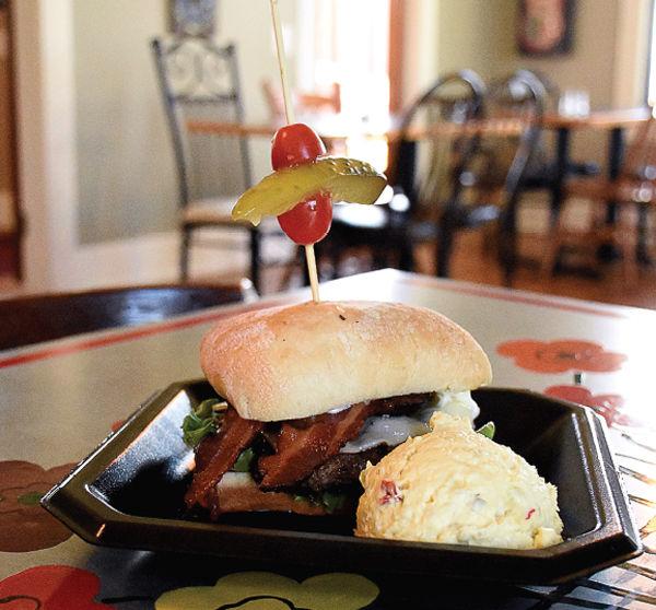 Bacon mushroom burger