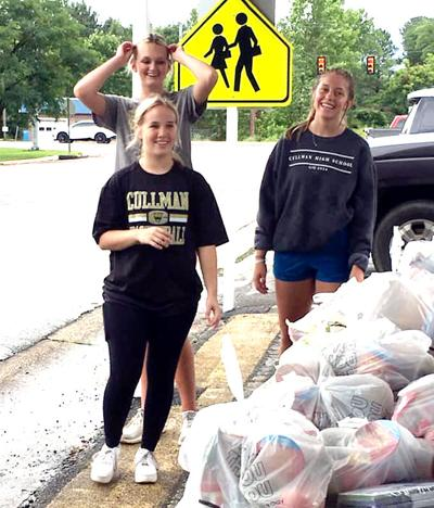 Student volunteers from Cullman High School's Student Government Association