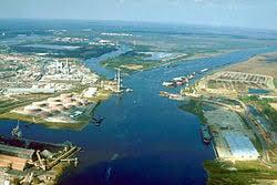 Mobile River, Bay