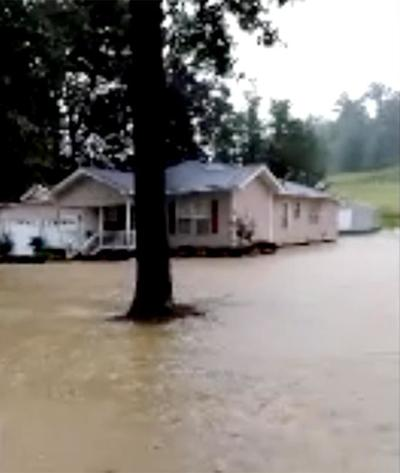 Flooding leads to evacuation in Hanceville