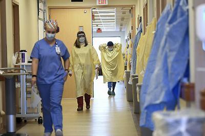 Virus Outbreak ICU