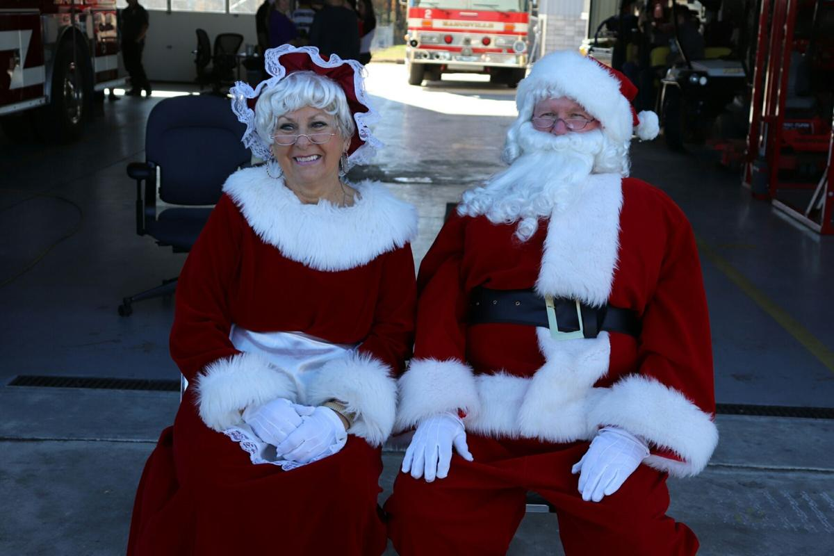 County Christmas parade santas.jpeg