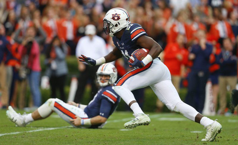No. 6 Auburn tops No. 1 Alabama 26-14, earns SEC title shot
