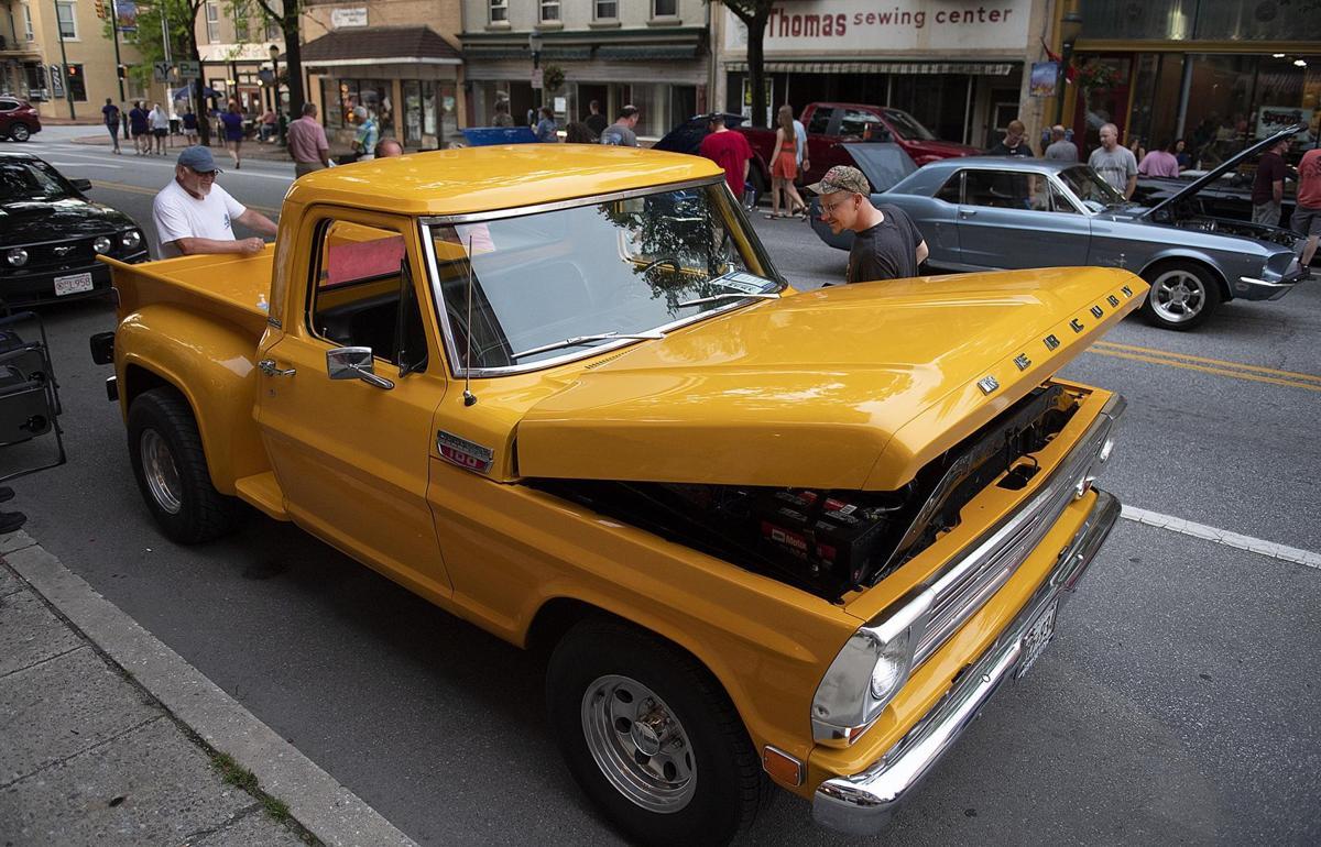 Ford.Parade