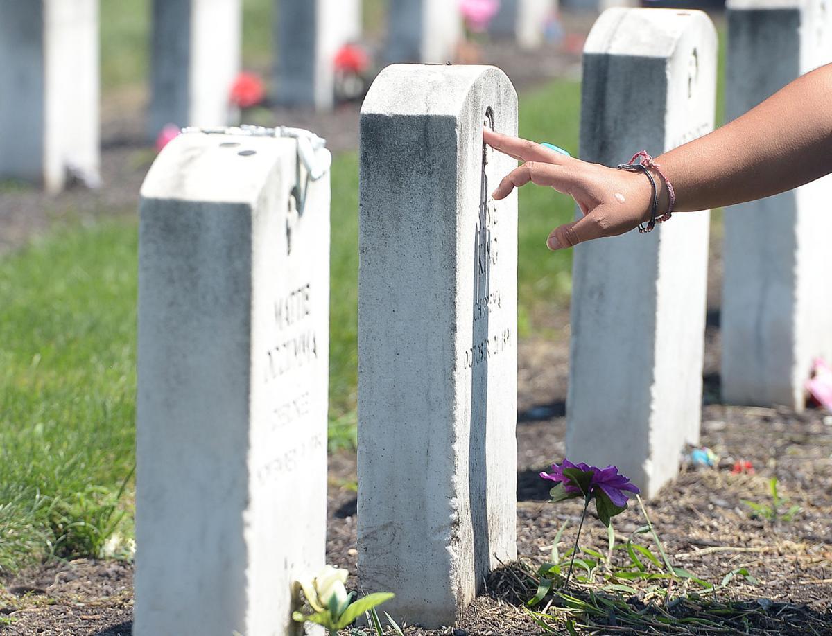 071715-sntl-nws-Indian-School-Cemetery-2.jpg