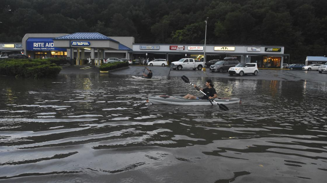 Heavy rains cause flooding, prompt water rescues in southeastern Pennsylvania | State-and-regional | cumberlink.com